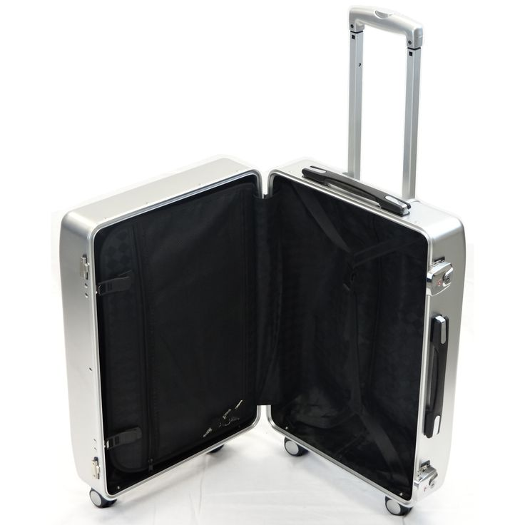 4 Wheeled Suitcases supplied by Trifibre. with 4 wheels means easy transportable as it can pushed from place to place without taking the weight in your hands. For more info visit trifibre Online and get a fantastic suitcase that is designed to look stylish.
