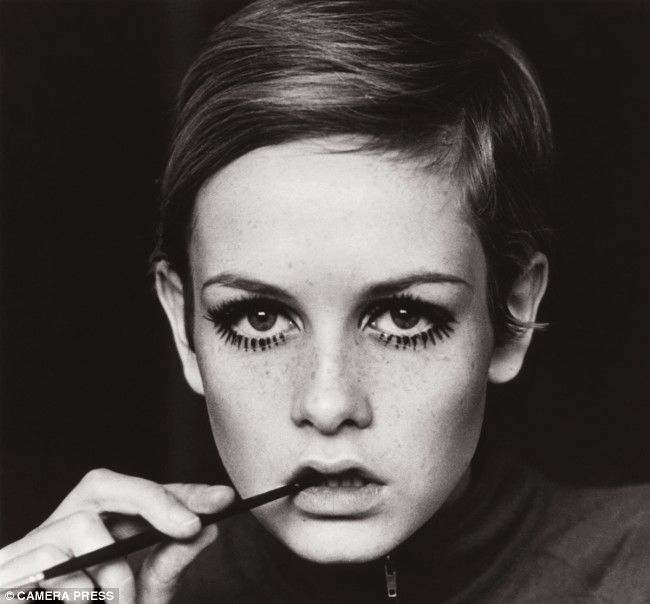 Short Hairstyles - Twiggy    Google Image Result for http://www.lilisfashion.com/wp-content/uploads/2012/02/twiggy.jpg