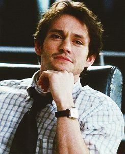 Hugh Dancy in Confessions of a Shopaholic. never seen it and don't care. this smile is so adorable