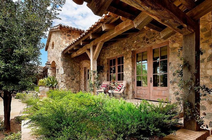 Arată ca o casă veche, dar e recent construită