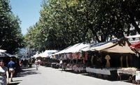 Markt in Valence, 1959 Anheas/Timeline Images #Markt #Marktstand #Sommer #Stadt #Frühling #50er