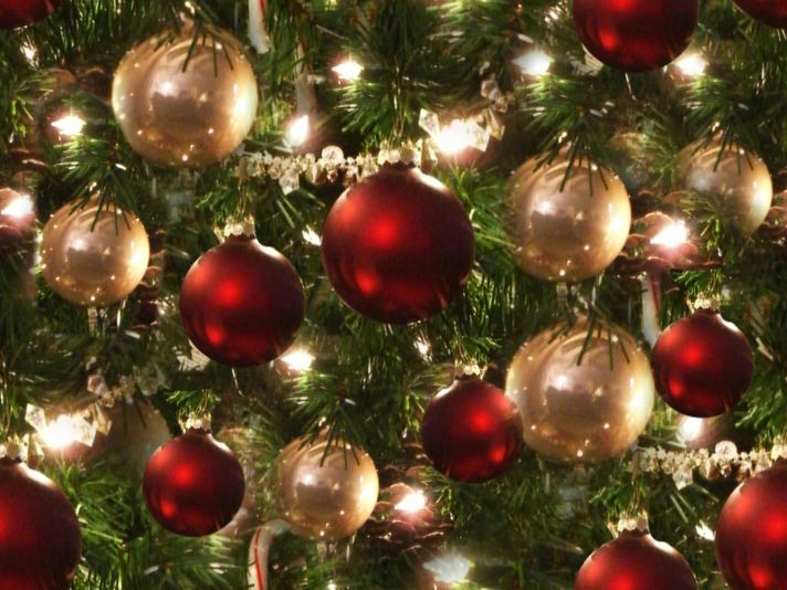 Awesome Christmas Tree Red And Silver Baubles Seamless Repeating Background Image