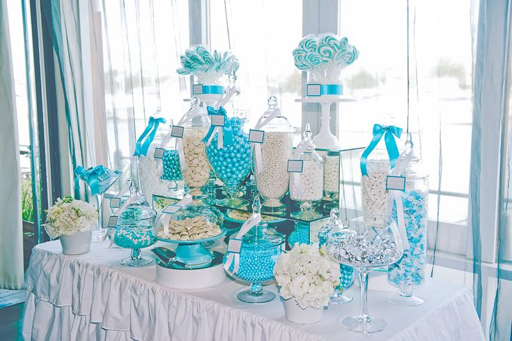 :: Boutique Affairs sweet table - blue and white  Love the mirror step/stand at the back