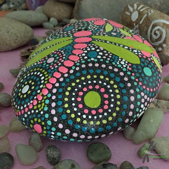 Rock Rock Art malte Stein Libelle Kunst Mandala Design