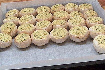 Champignons gefüllt und eingelegt auf griechische Art