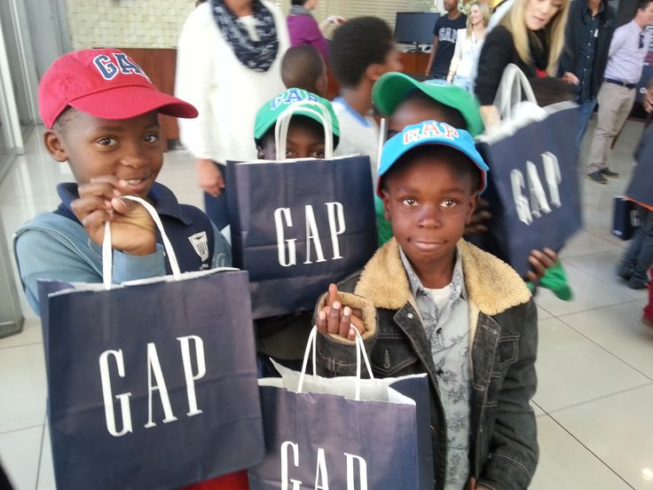 18 July 2014 was a wonderful day for Stuttafords as we celebrated Tata Madiba's legacy by giving our #67minutes to children of the Nashua Children's Charity Foundation.  For more pics, visit our Facebook page, www.facebook.com/Stuttafords