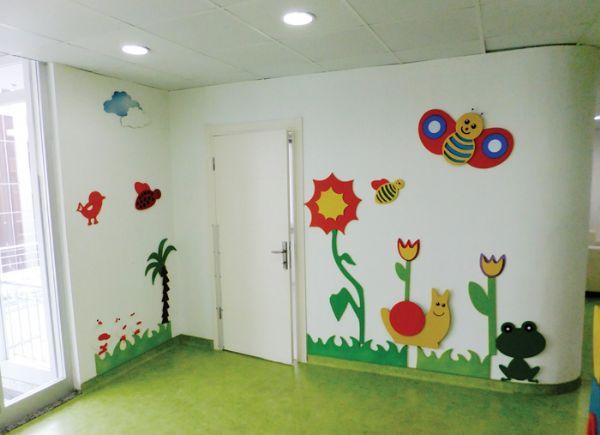 hallway-decorating-ideas-for-school-4  |   funnycrafts
