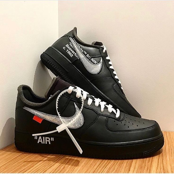 First look at a new @nike x @off____white Air Force 1? The box label of  this black and silver colorway reveals that the MoMA has something to do  with this ...