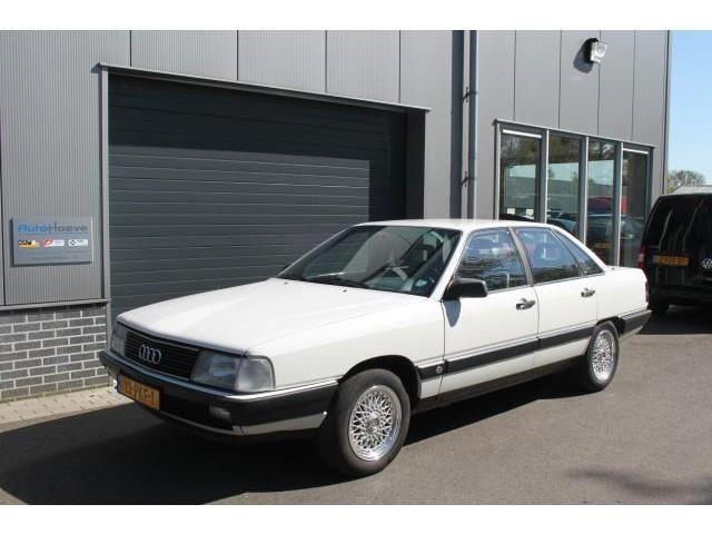 Audi 100 2.2 CC - 0