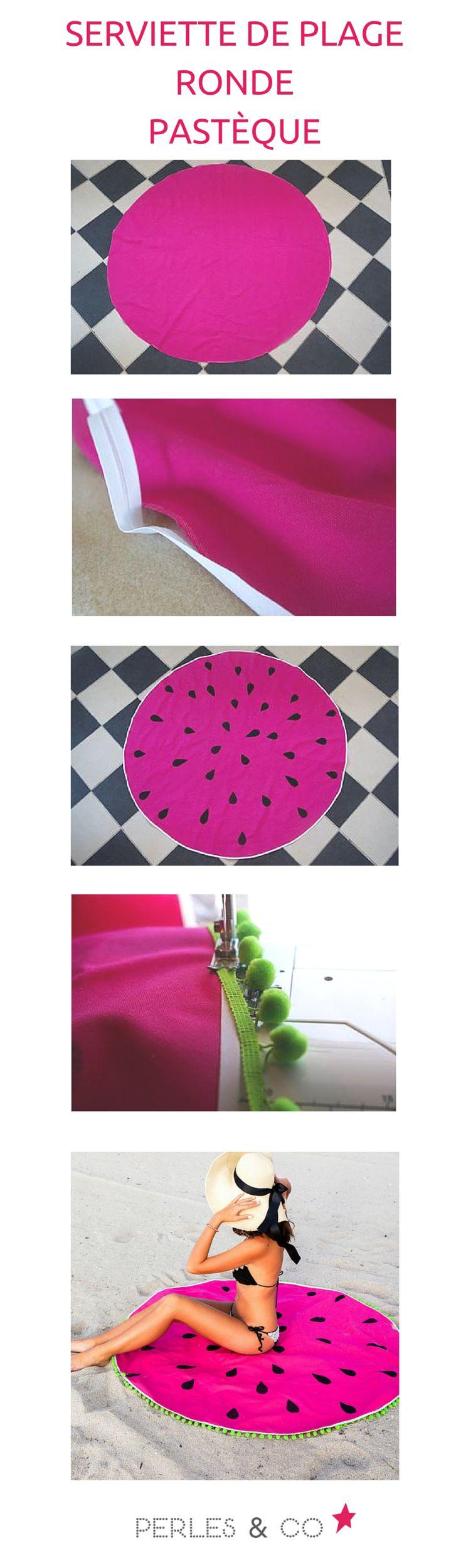 La serviette de plage ronde est la star de l'été. Retrouvez le tutoriel créé par la blogueuse Spring in Fialta sur le site Perles and Co https://www.perlesandco.com/Serviette_de_plage_DIY_ronde_pasteque_tissu_coton_epais-s-2616-23.html
