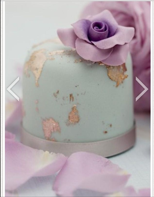 Artsy, abstract gold and robin's egg blue wedding cake
