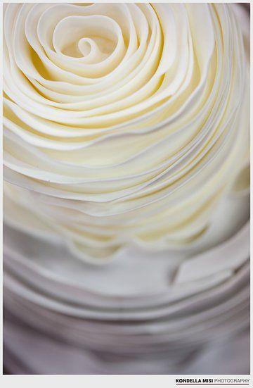 Cake - Torta es Karamell by Jozsef Lengyel