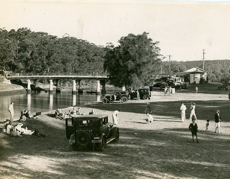 https://flic.kr/p/boA4DU |  View of picnic ground at Fuller's Bridge, Lane Cove National Park (NSW) Dated: October 1943 Rights: www.records.nsw.gov.au/about-us/rights-and-permissions.  v@e.