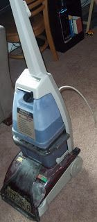 The Retro-Modern Mom: Homemade Carpet Shampoo Solution- TRIED & TRUE, better than the expensive store bought cleaner!!! *Altered measurements- per gallon: 1 TBSP baking soda, 1/3 cup white vinegar, 1 tsp Dawn (blue) dish detergent (DO NOT use more than 1 tsp/gallon or you'll get foam in the dirty water container) *FYI- Rug Doctor Wide Track uses 3.5 gallons of water*