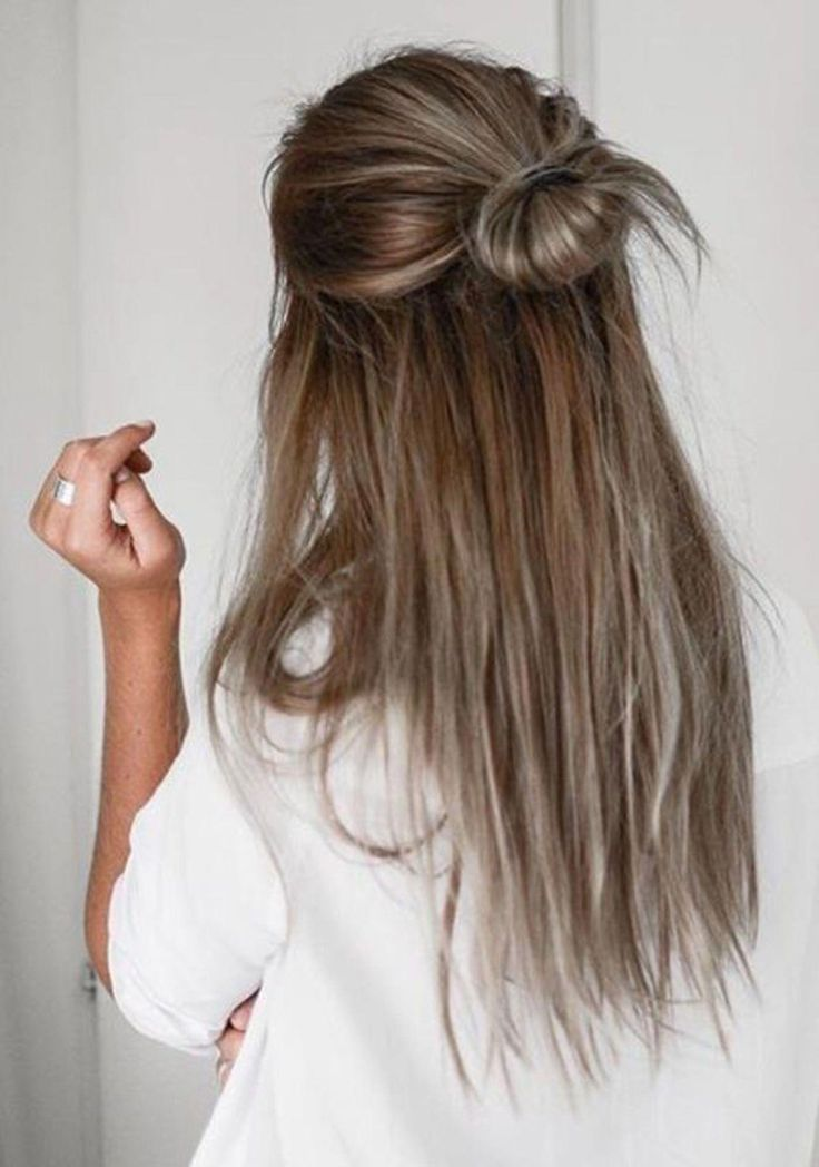 The Best Half Top Knot Ideas For Short Or Long Hair Easily Update Your Look For The Office Or A Night Out With These 6 Inspiring Half Top Knots Lon Hairst