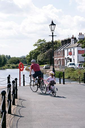 Cycling along Exeter Canal
