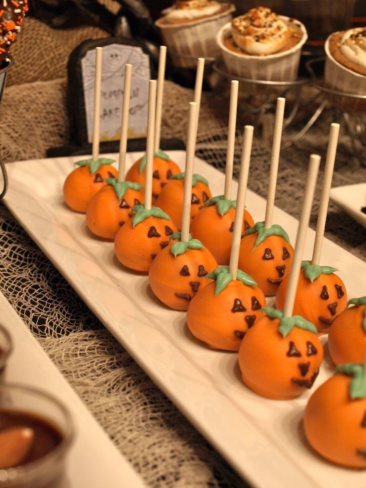 halloween dessert table - Halloween Table Decorations Ideas
