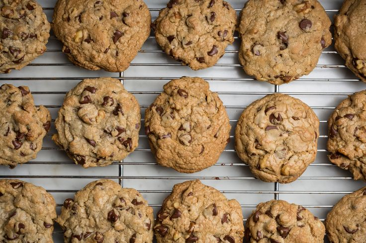 This Copycat DoubleTree Hotel Chocolate Chip Cookie Recipe Is Spot-On  - CountryLiving.com