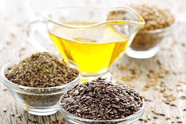 Uleiul de in conține 50-60% acizi grași omega-3 sub forma de acid alfa-linolenic (ALA) mai mult decât conține uleiul de pește. Este foarte important pentru fiecare persoană să aibă un nivel echilibrat de acizi grași deoarece... http://ift.tt/2uGr1ge
