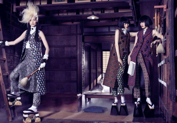 フォトグラファー: Mark Segal モデル: Daphne Groeneveld 発表: Vogue Japan 2012年11月号