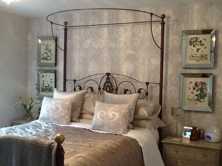 The finished room. Laura Ashley Josette.