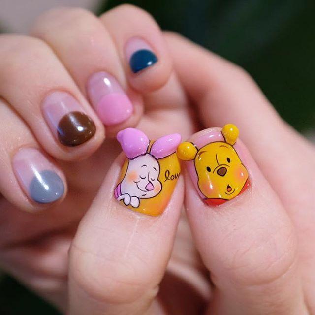 #20170902 - 예쁘니까 한장 더☝🏻 #2d네일 💅🏻💛 - #2d푸우네일 #2d피글렛네일 #푸우네일 #피글렛네일 #2dnails #2D캐릭터네일 #디즈니네일 #pooh #poohnails #disney #nails #nailart #gelnails #notd #센스홍_네일트랜드