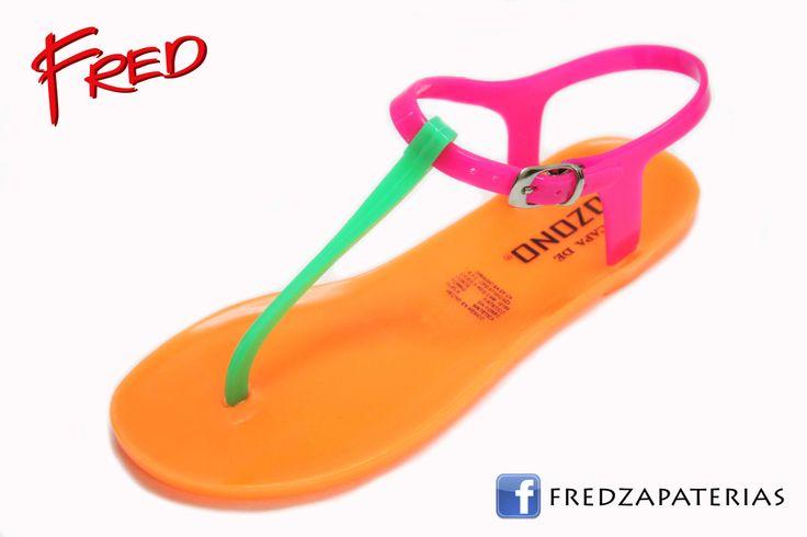 #FredZapaterias Sandalias de playa, Capa de Ozono, color naranja/rosa/verde fosforescentes https://www.facebook.com/fred.zapaterias
