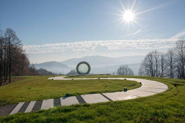 Gordan Lederer Memorial. Photo credit: Ivan Dorotić