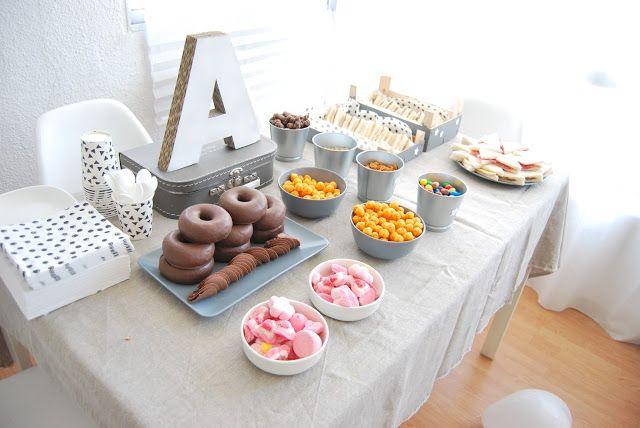 So Sunny Mesa De Cumple Fácil Para Adolescentes Fiestas De Adolescentes Fiestas De Cumpleaños Para Adolescentes Invitaciones De Cumpleaños Para Adolescentes