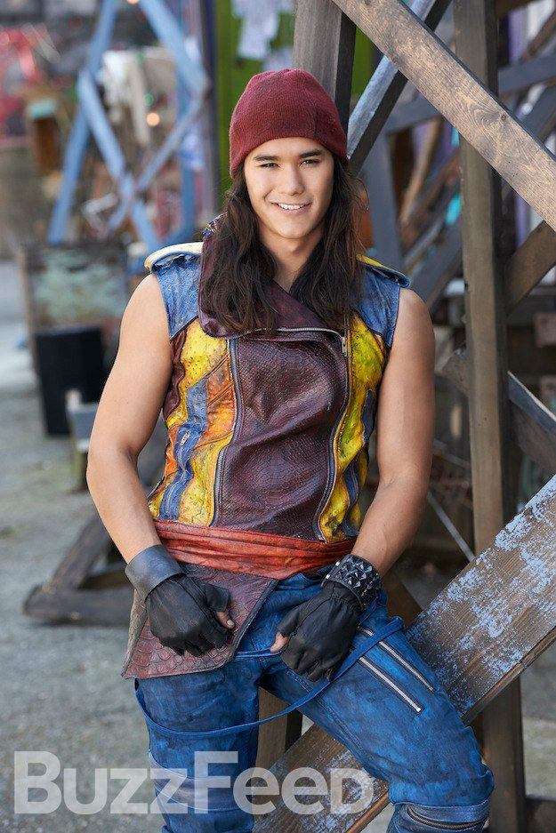 "Jafar's son Jay | Here's The First Look At Your Favorite Disney Characters' Spawn In ""Descendants"""