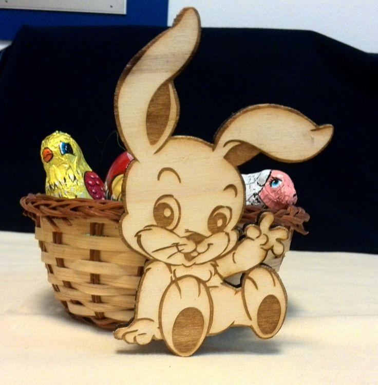 Egyedi ajándékok elkészítését is szívesen vállaljuk!  Plusz, ha már nyuszi van a képen: Ne feledjék. Nyakunkon a húsvét! :)  http://www.xfer.hu/hu/egyeb