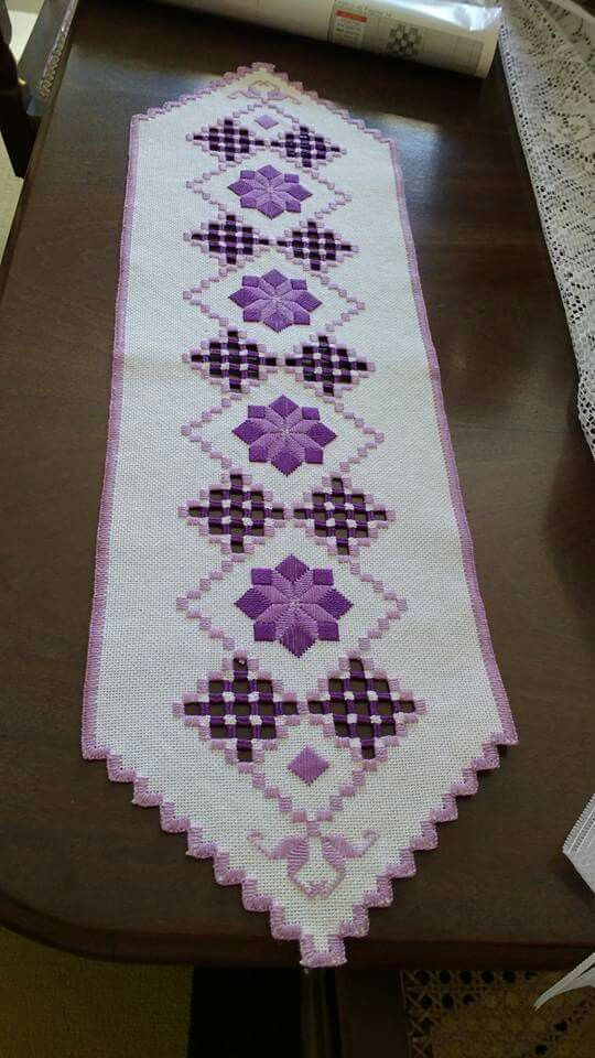633 best Caminos de mesa images on Pinterest Table runners