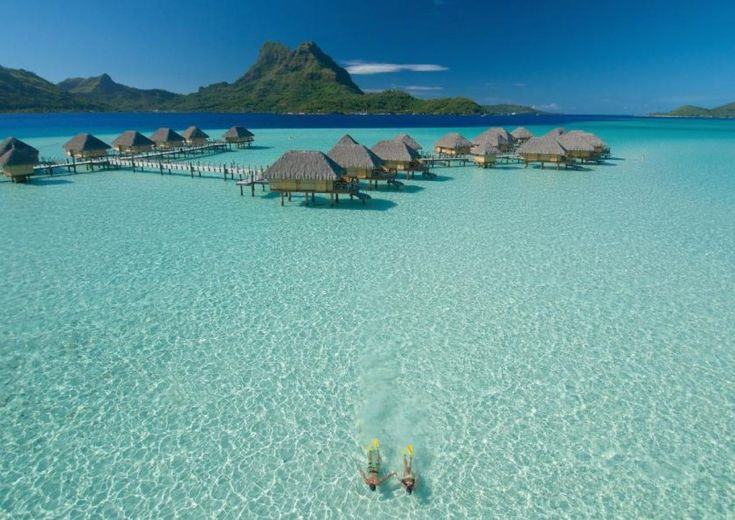tropical-heavenly-beach-bora-bora-island-extreme-outdoor-tourism-adventure (8)