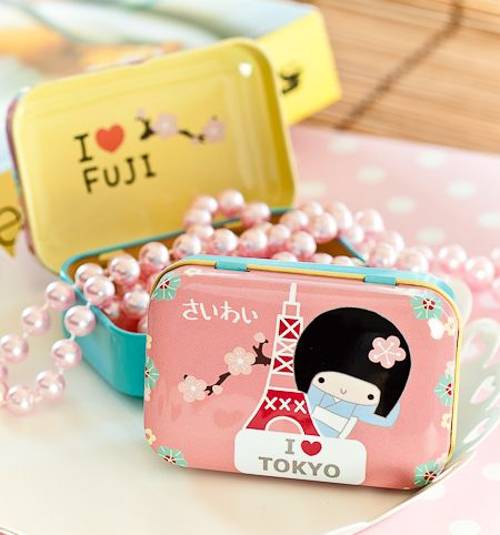 Kawaii tin box from Pikku Shop | www.pikku-shop.com