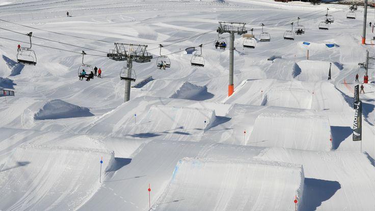 Snowpark Avoriaz, France (1920x1080)