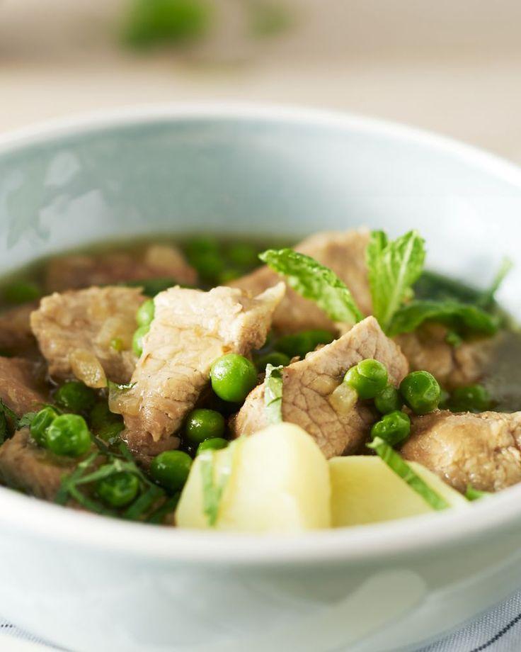 Een heerlijk fris stoofpotje met doperwtjes. Serveer met aardappelen of puree.