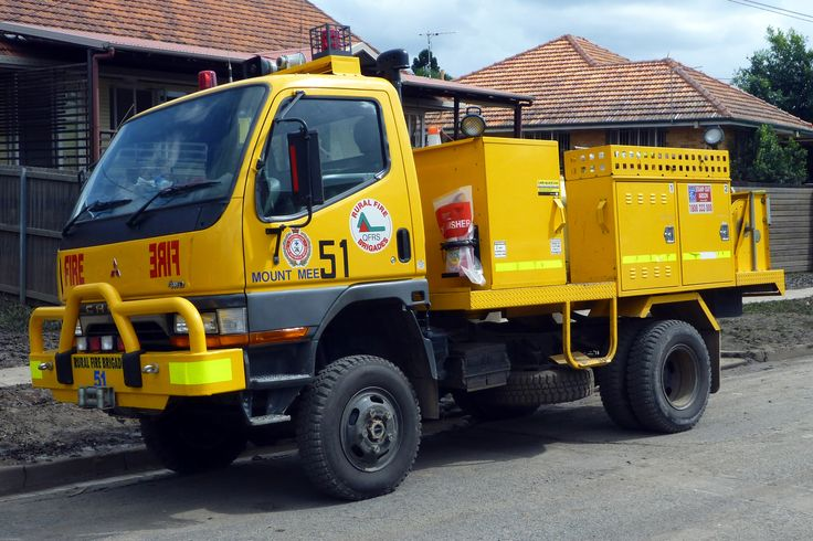 Rural Fire Brigade from near and far lending a helping hand ...