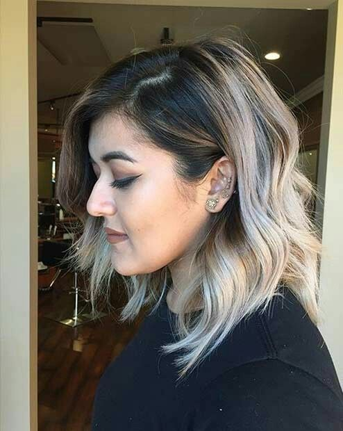 Love that ash blonde color with the dark roots and slightly layered bob  pinterest: @rosajoevannoy