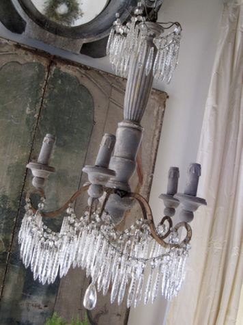 503 best c h a n d e l i e r s images on pinterest chandeliers lisa luby ryan is a talented interior designer and owner of vintage living a trend setting european antiques and home furnishings boutique mozeypictures Image collections