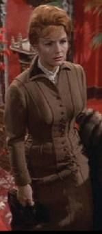 This is such a feminine era! I wish I could dress like her! The Unsinkable Molly Brown