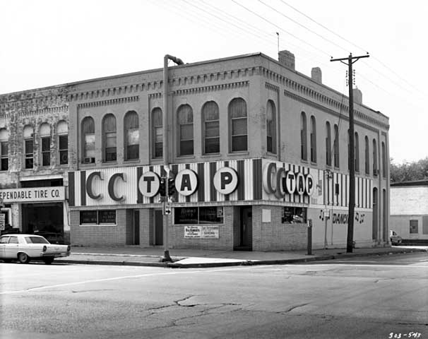 Cc Tap 2600 Lyndale Avenue South Minneapolis Old