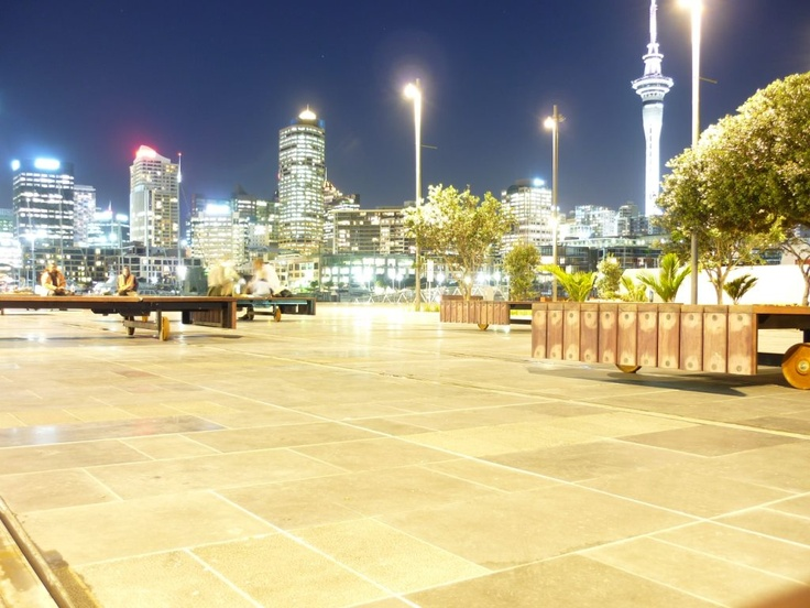 looking the city from the Wynyard Quarter, Auckland @pilaricke
