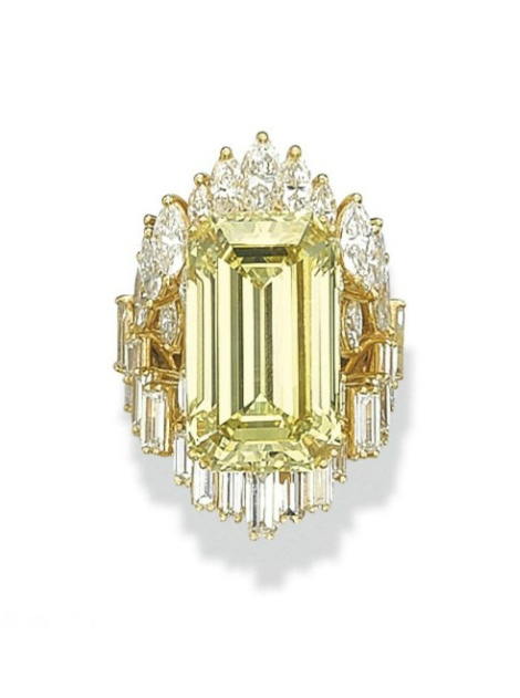 Coloured Diamond rings #wedding