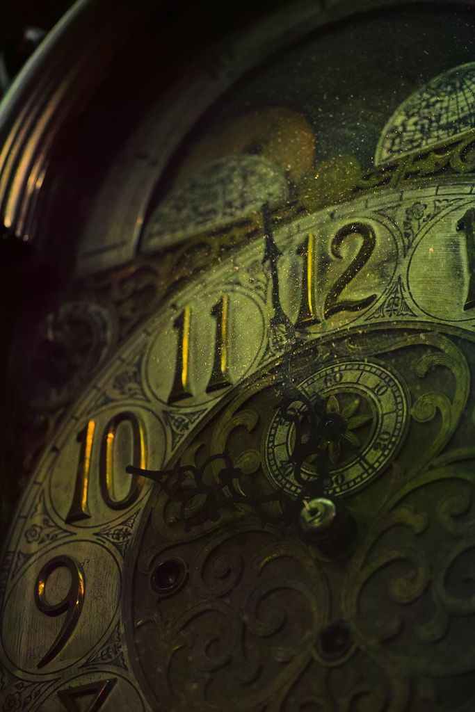 the-clockmakers-daughter:  isabellemeoww:  Time piece! | Beautiful Things on We Heart It - http://weheartit.com/entry/63934860/via/Isabellem...