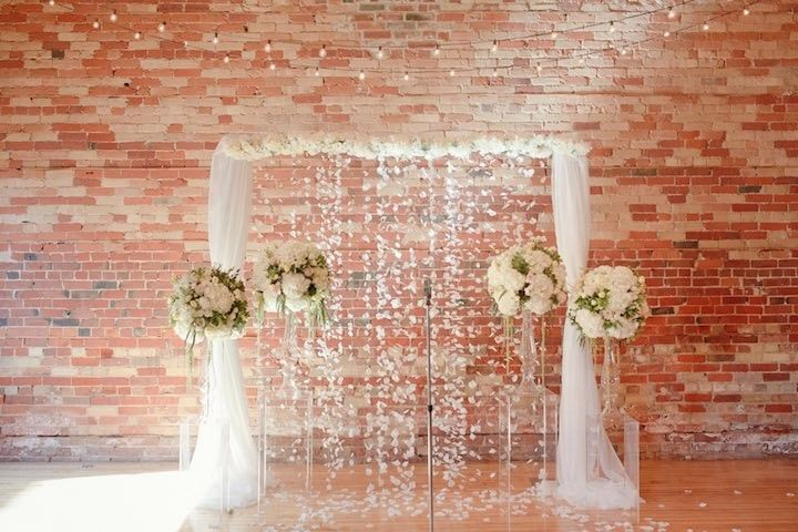 Contemporary Toronto Wedding with Pastels