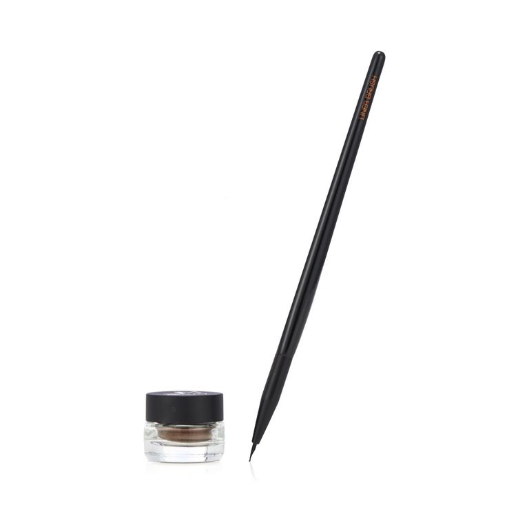 230177 - Jay Manuel Beauty Creme Liner & Brush Kit - QVC Price: £37.50   Feature Price: £34.20 + P&P: £3.95 in 3 colour options This gorgeous collection from Jay Manuel features a cream eyeliner with a water and crease-resistant formula in a choice of rich neutral tones, and a brush designed to apply the liner evenly and smoothly. Whether you're looking to create a feline flick or a smoky and sultry make-up look, this Jay Manuel set will help you achieve it.
