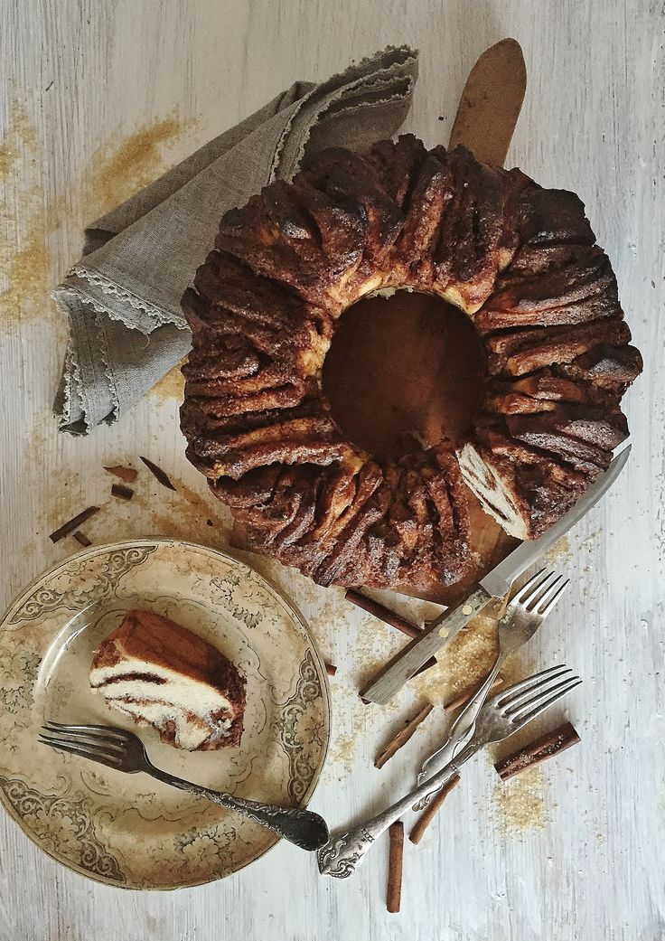 Cinnamon & Sugar «Pull-Apart» Bread
