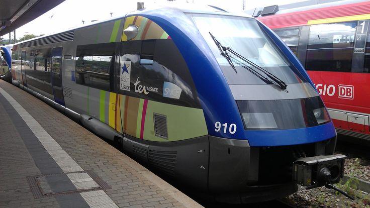 X 73910 - ATER - der SNCF TER Alsace am 23.07.2011 im Hauptbahnhof von hinten.