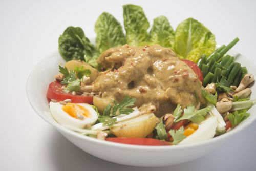 chicken with nut butter dressing