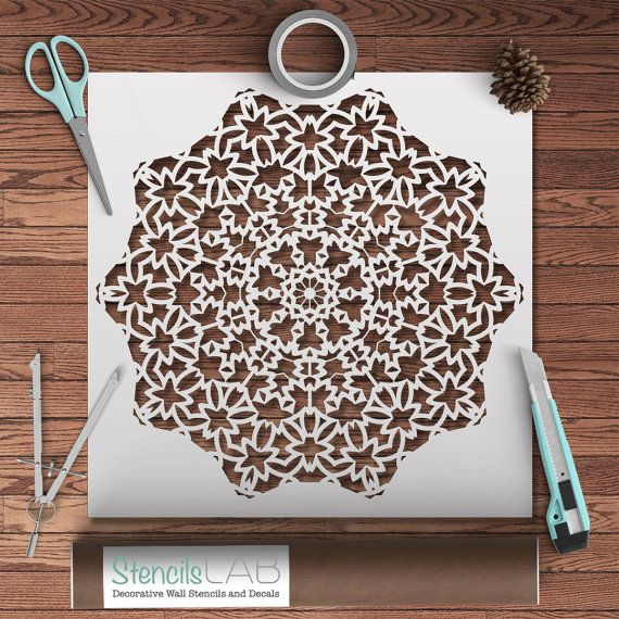 Plantilla de estilo Mandala para decoración por StencilsLabNY